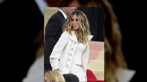Sarah Jessica Parker isn't happy that you didn't like her Met Gala outfit