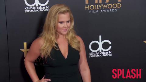 Why did hundreds of people walk out of Amy Schumer's show?